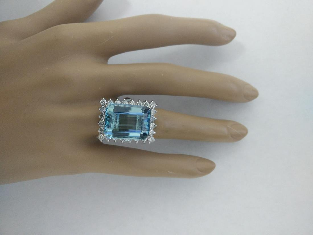 28.80 Carat Aquamarine 18K White Gold Diamond Ring - 5