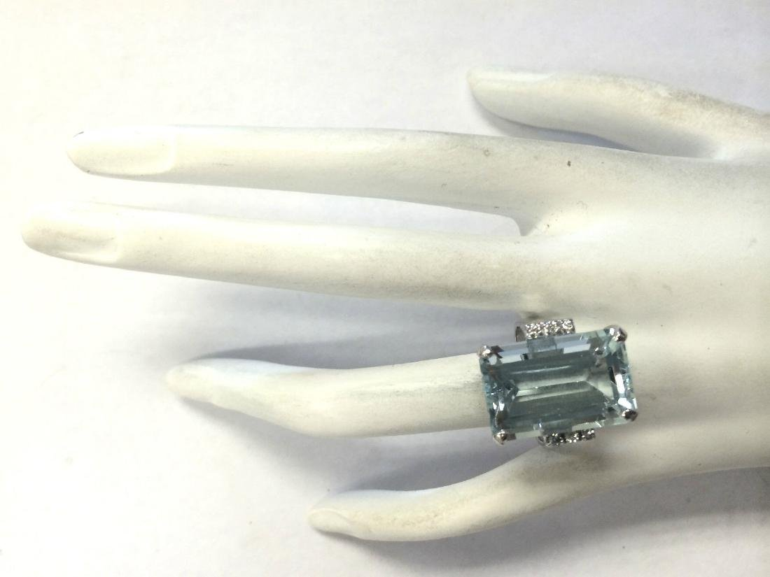 16.42CTW Natural Blue Aquamarine Diamond Ring 18K Solid - 4