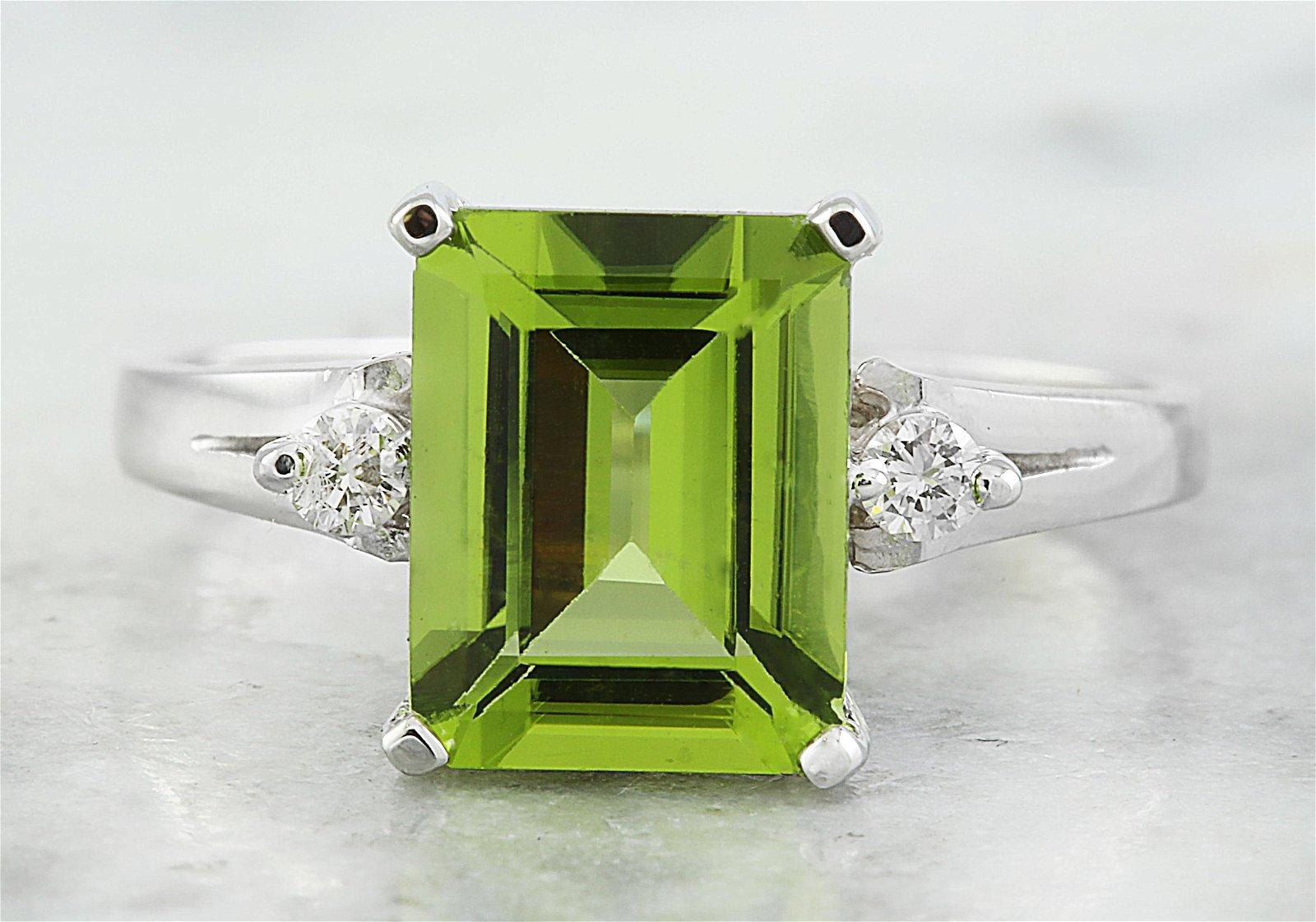 2.26 CTW Peridot 18K White Gold Diamond Ring