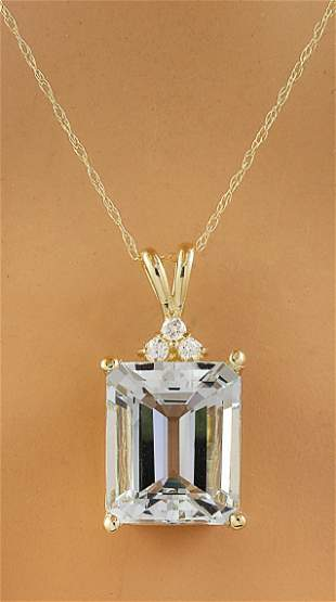 5.17 CTW Aquamarine 18K Yellow Gold Diamond Necklace