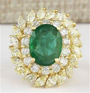 8.57 CTW Natural Emerald And Diamond Ring In 18K Yellow
