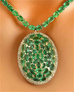 53.00 CTW Natural Emerald 18K Solid Yellow Gold Diamond