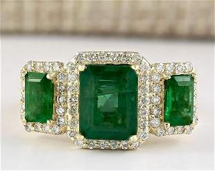 4.56 CTW Natural Emerald And Diamond Ring In 14k Yellow