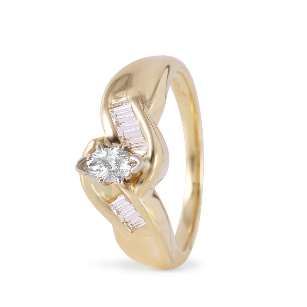 Ladies 0.5CTW Diamond 14K Yellow Gold Ring