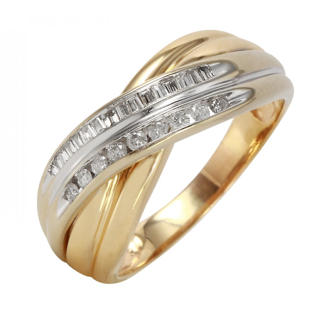 Ladies 0.28CTW Diamond 14K Yellow Gold Ring