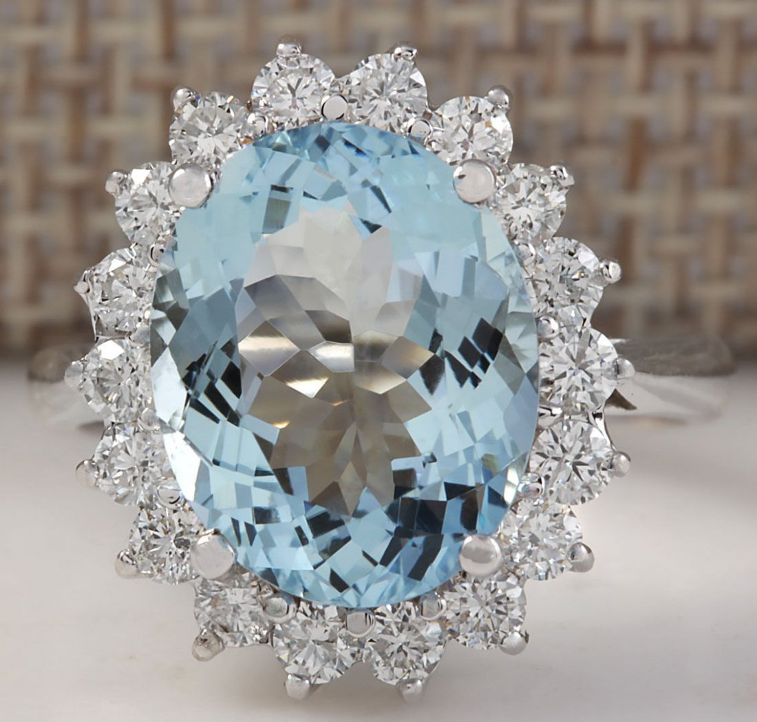 5.92CTW Natural Aquamarine And Diamond Ring In 14K