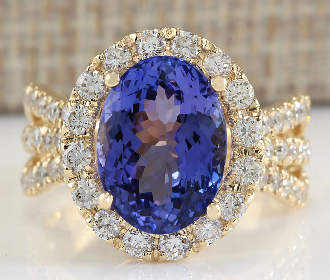 7.18CTW Natural Tanzanite And Diamond Ring 14K Solid