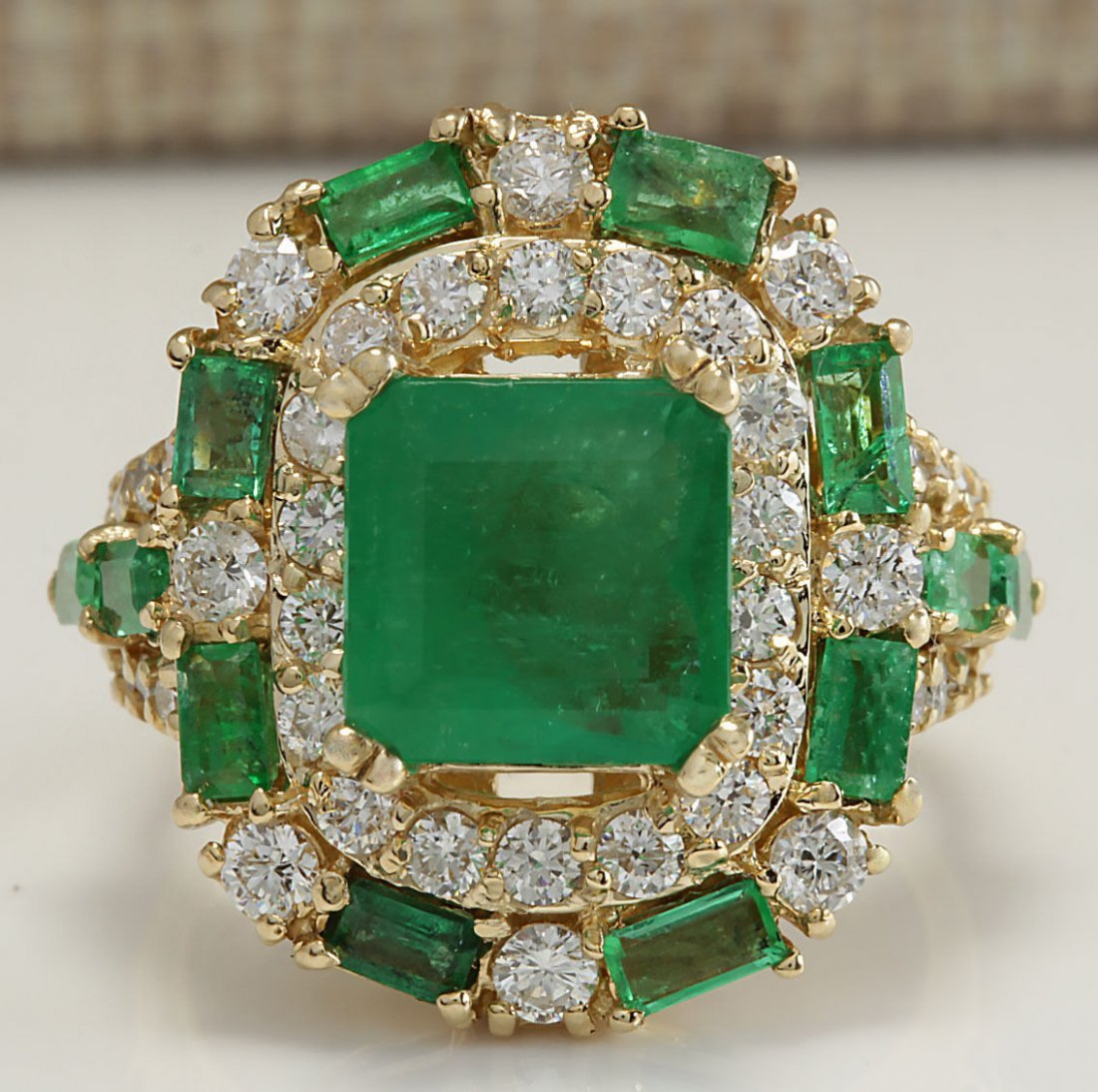 6.90CTW Natural Emerald And Diamond Ring 14K Solid