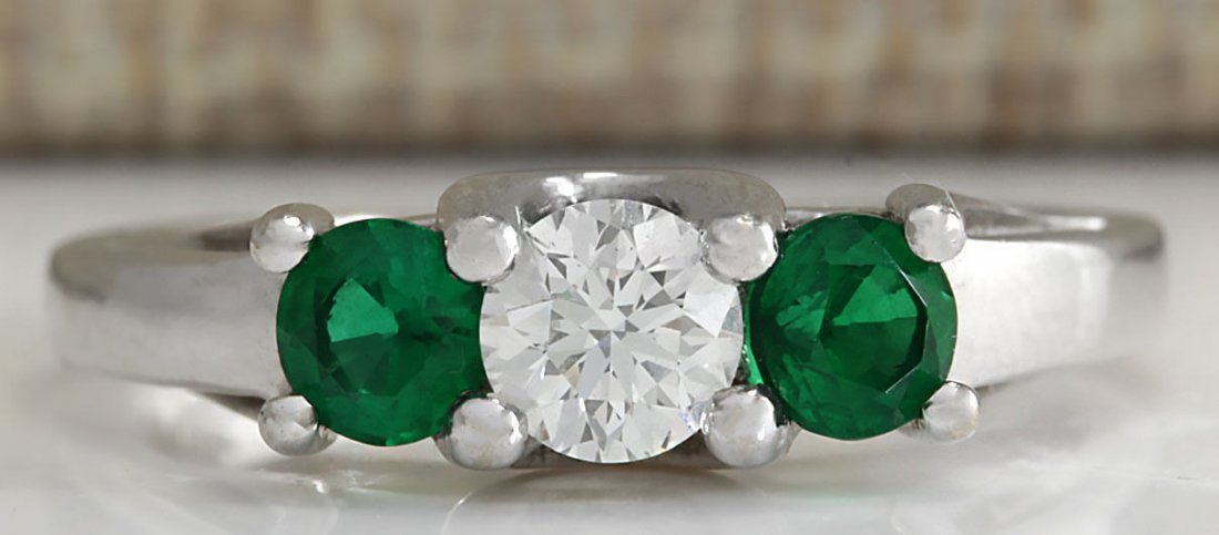 1.00CTW Natural Colombian Emerald And Diamond Ring 14K