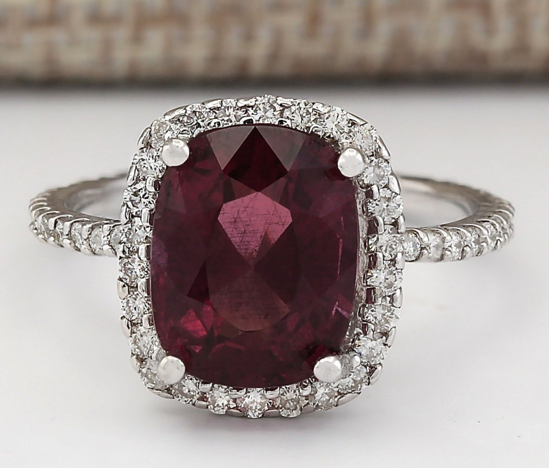 4.62 CTW Natural Garnet And Diamond Ring In 14k White