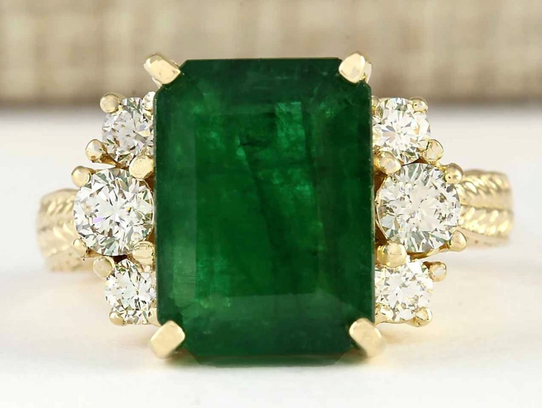 6.38 CTW Natural Emerald And Diamond Ring In 14k Yellow