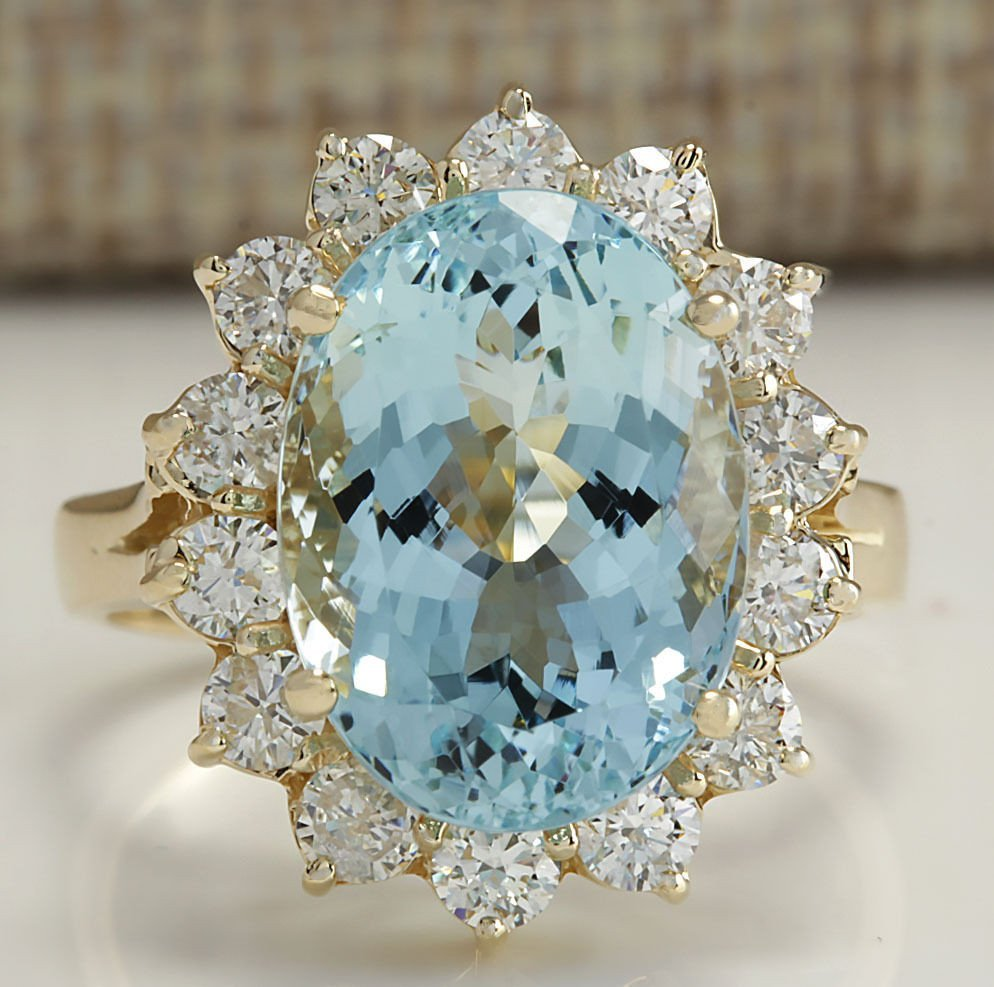 7.24CTW Natural Aquamarine And Diamond Ring In 14K
