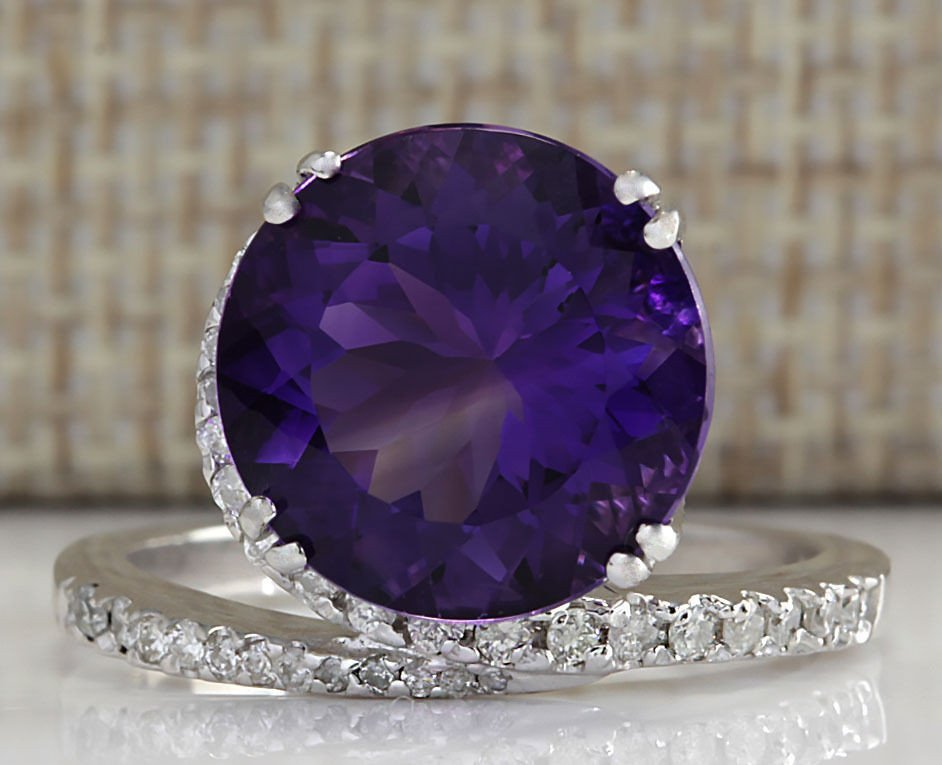 9.22CTW Natural Amethyst And Diamond Ring In 14K Solid