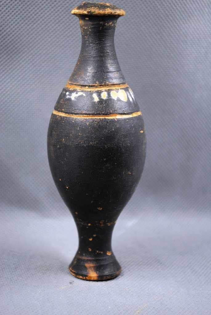 Ancient Greek South Italic Spindle Flask Blackware