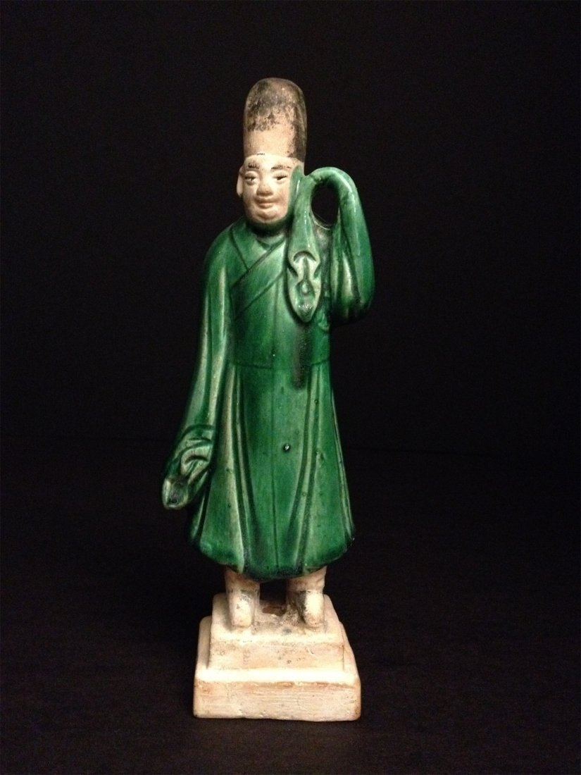 AN CHINESE MING DYNASTY HAN GREEN GLAZE FIGURES