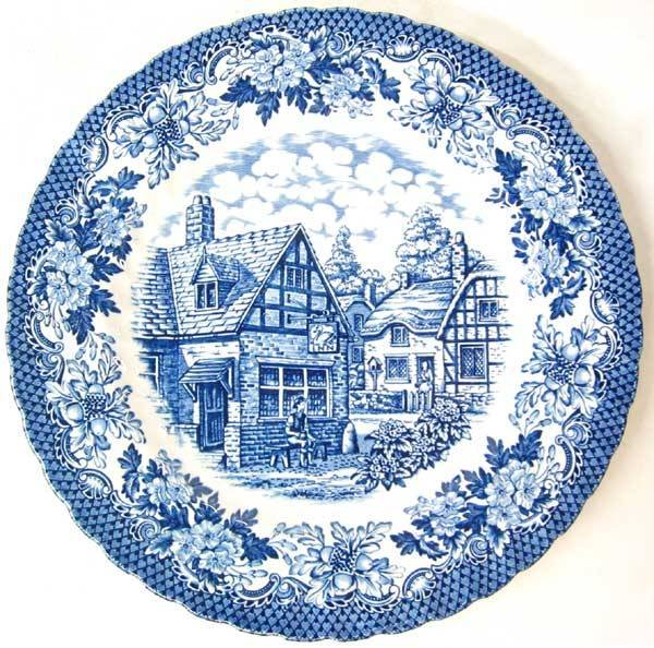 1518: Lot of 8 Blue plates