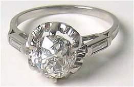 2530: Gorgeous Diamond Platinum Solitaire Ring