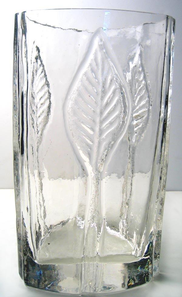2964: Artistic glass