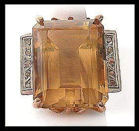4502: Vintage Stunning Gold Topaz Dinner Ring