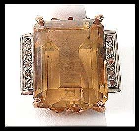 5502: Vintage Stunning Gold Topaz Dinner Ring
