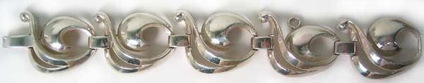 354: Vintage Sterling Silver Bracelet