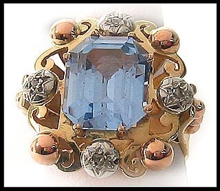 421: Vintage Art Deco Aquamarine Dinner Ring