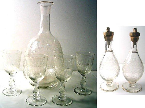 2955: 1940's Art Deco Glass Lot