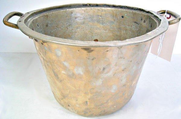 2992: Brass pot
