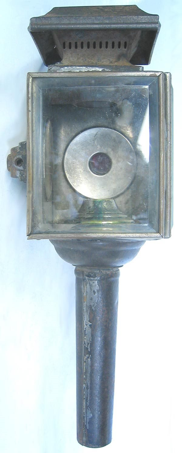 14: Antique carriage / railroad lantern