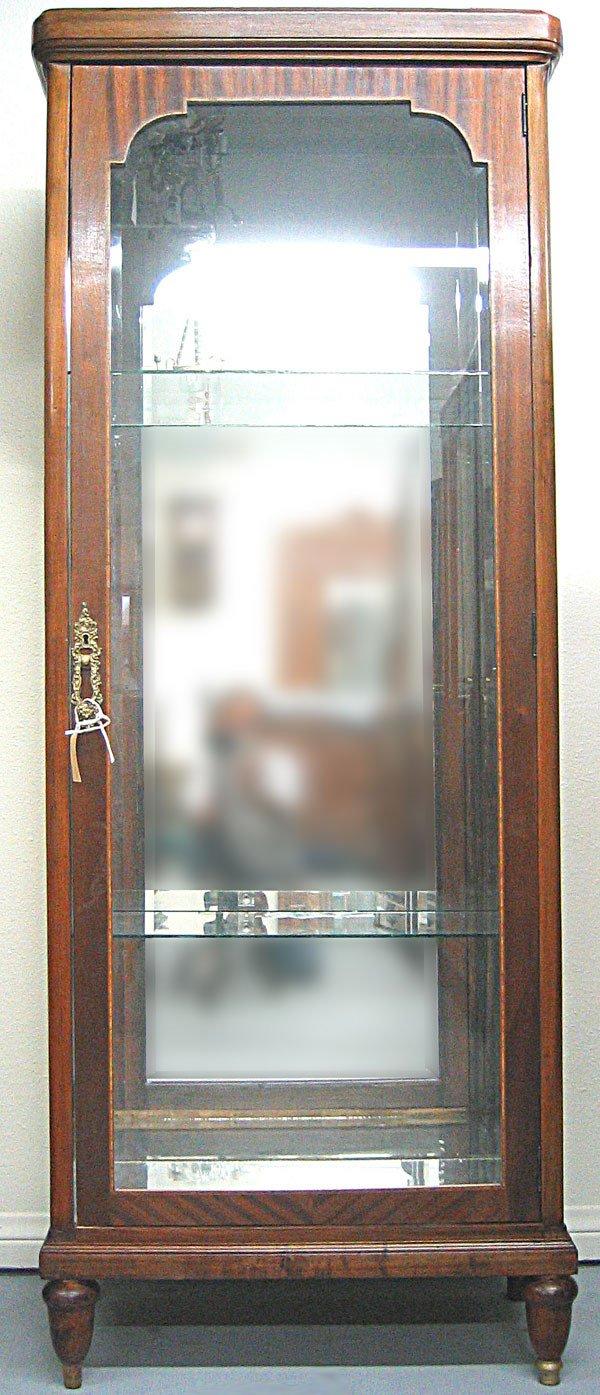 2061: Mahogany mirrored vitrine Empire