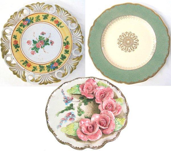 4022: Antique ceramic relief plate
