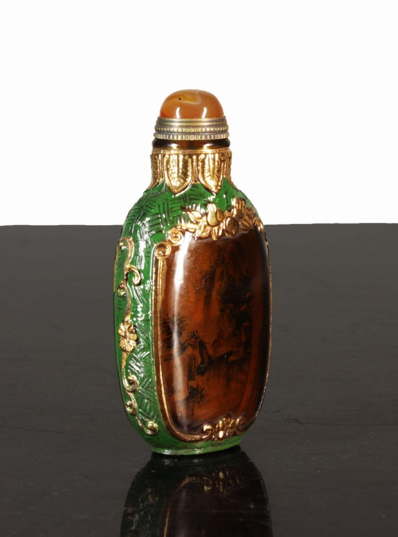 Exquisite Enamelled  glass snuff bottle. Qing dynasty - 2