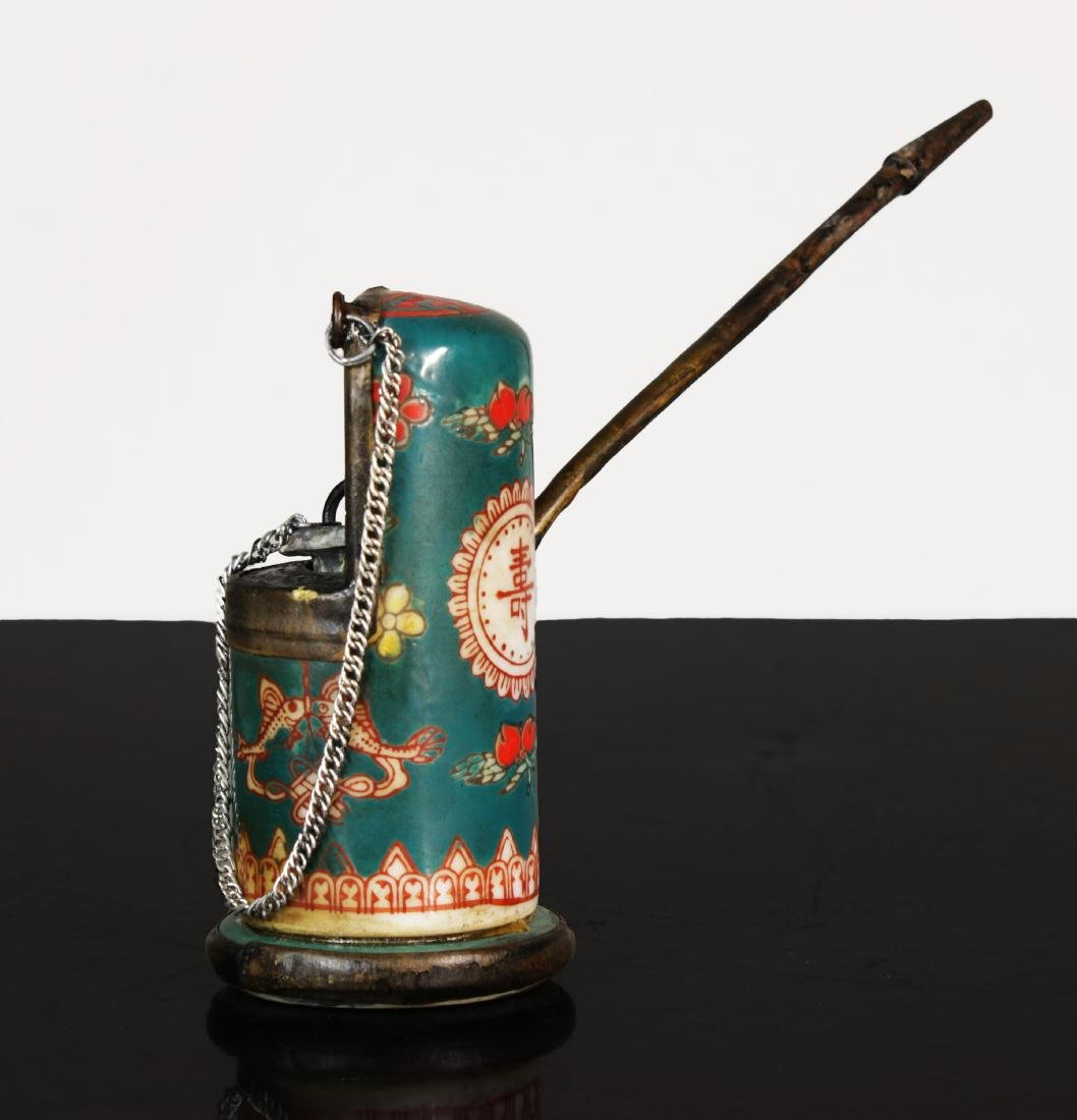 Qing dynasty. Porcelain water pipe - 2