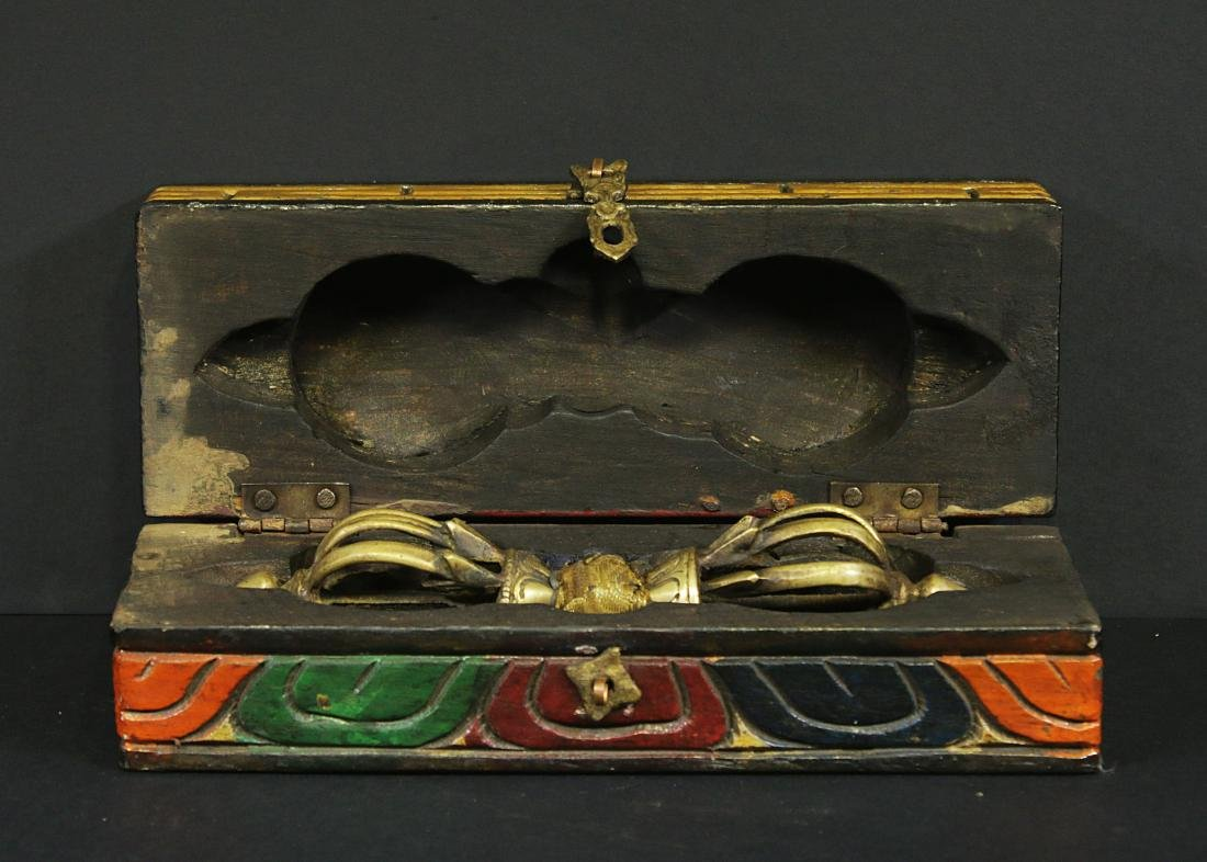Tibet 1950 Bronze Tibetan Dorje or Vajra wooden box - 2