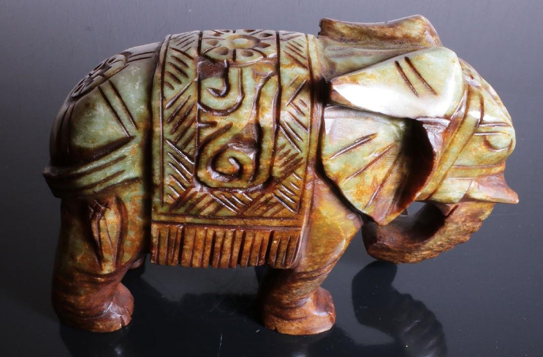 Carved elephant jade. Green-brown colour - 6