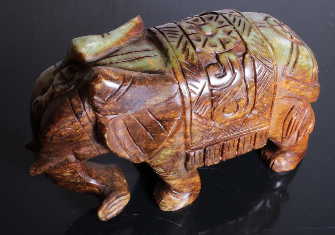 Carved elephant jade. Green-brown colour - 8