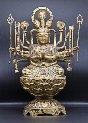 Tibet 1880-1920. Impressive and heavy Buddha Statue