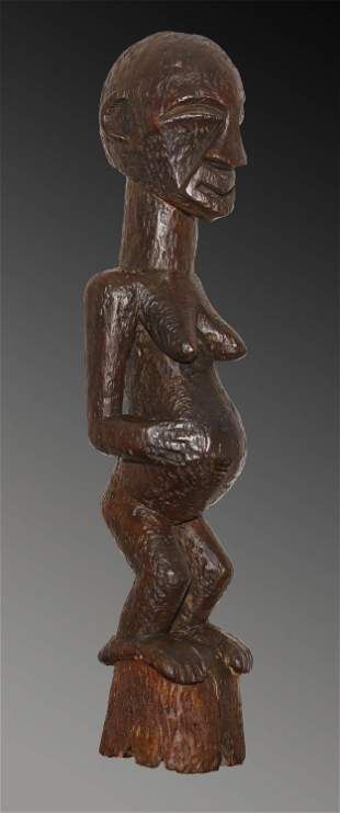 Congo Songye people Maternity wooden statue 1960 1.1