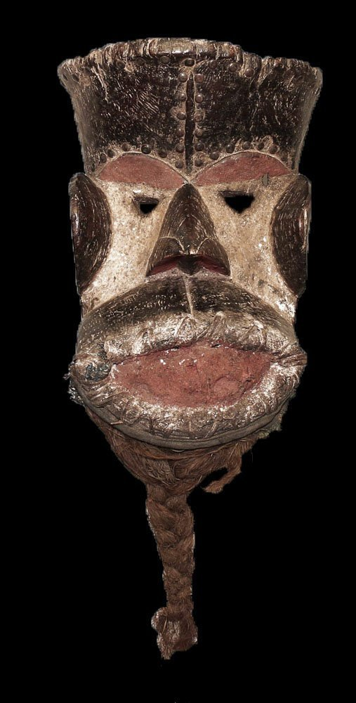 CARVED BETE MASK WITH BEARD EARLY 1900 VERY RARE