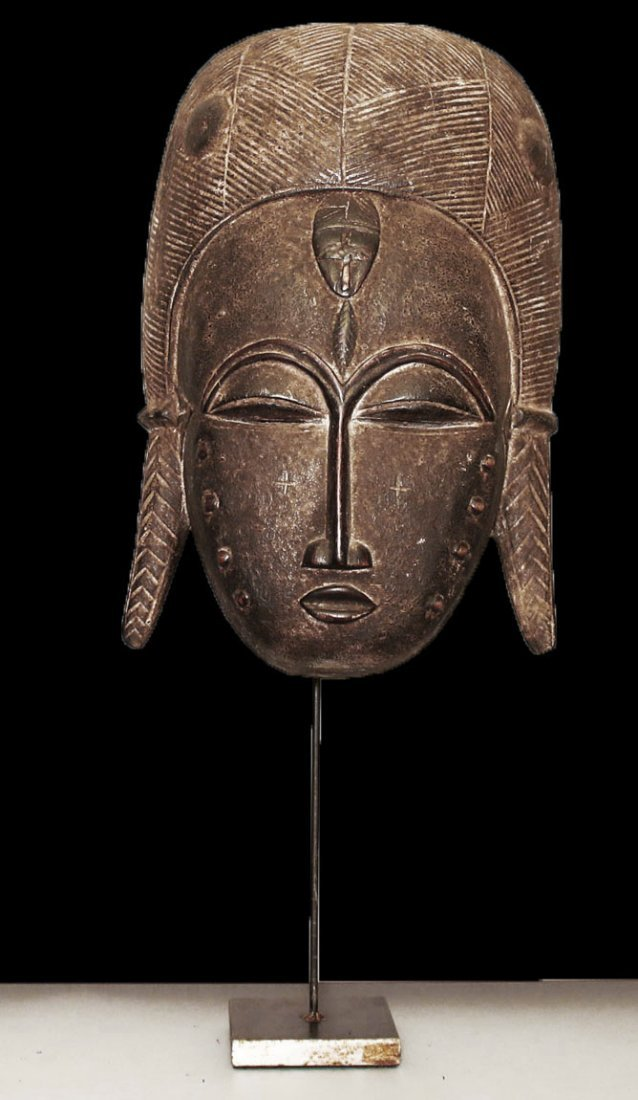 A fine Baulè people Wall mask 19 inch