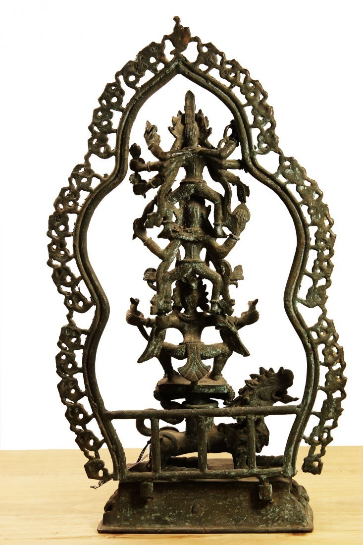 Nepal. Bronze temple statue Hari Hari Hari Vahana - 3