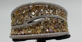 18Kt WG 32.00ct. White & Colored Diamond Bracelet