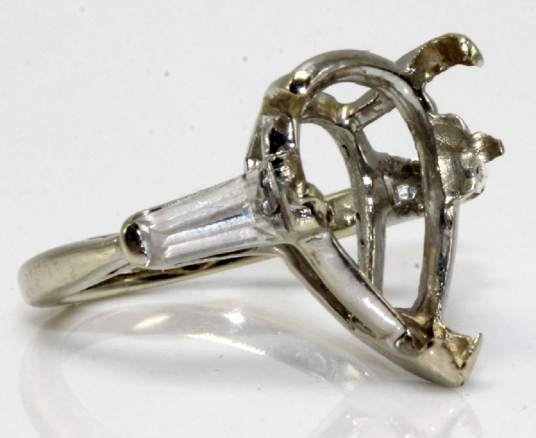14Kt WG Pear Shaped Diamond Setting