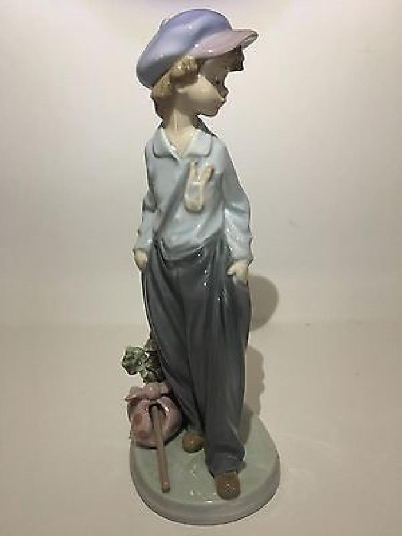 "Lladro ""The Wanderer"" Porcelain Figure #5400"