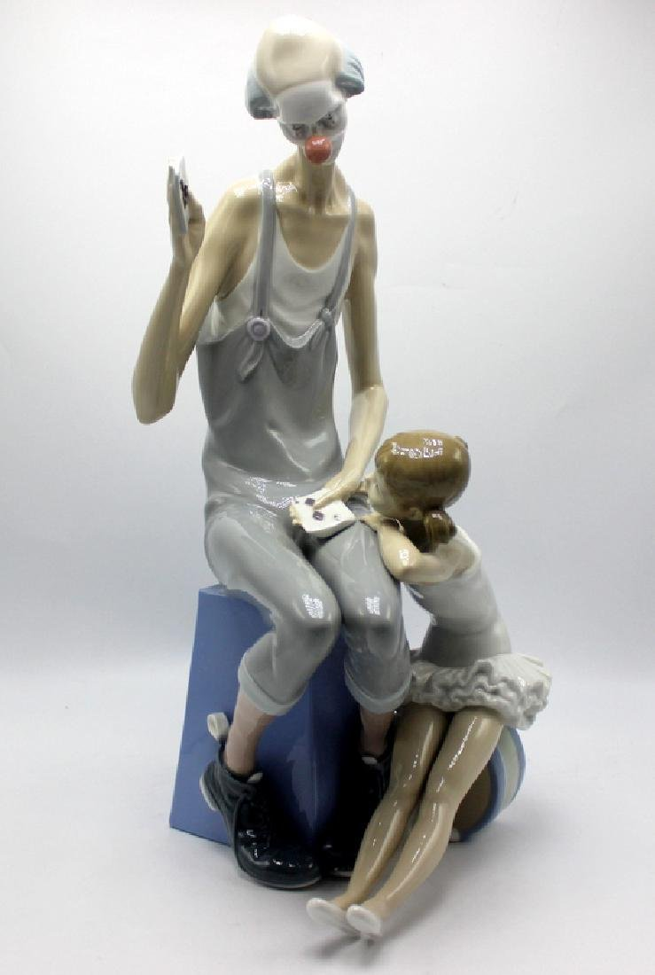 Lladro Girl & Clown #Y14