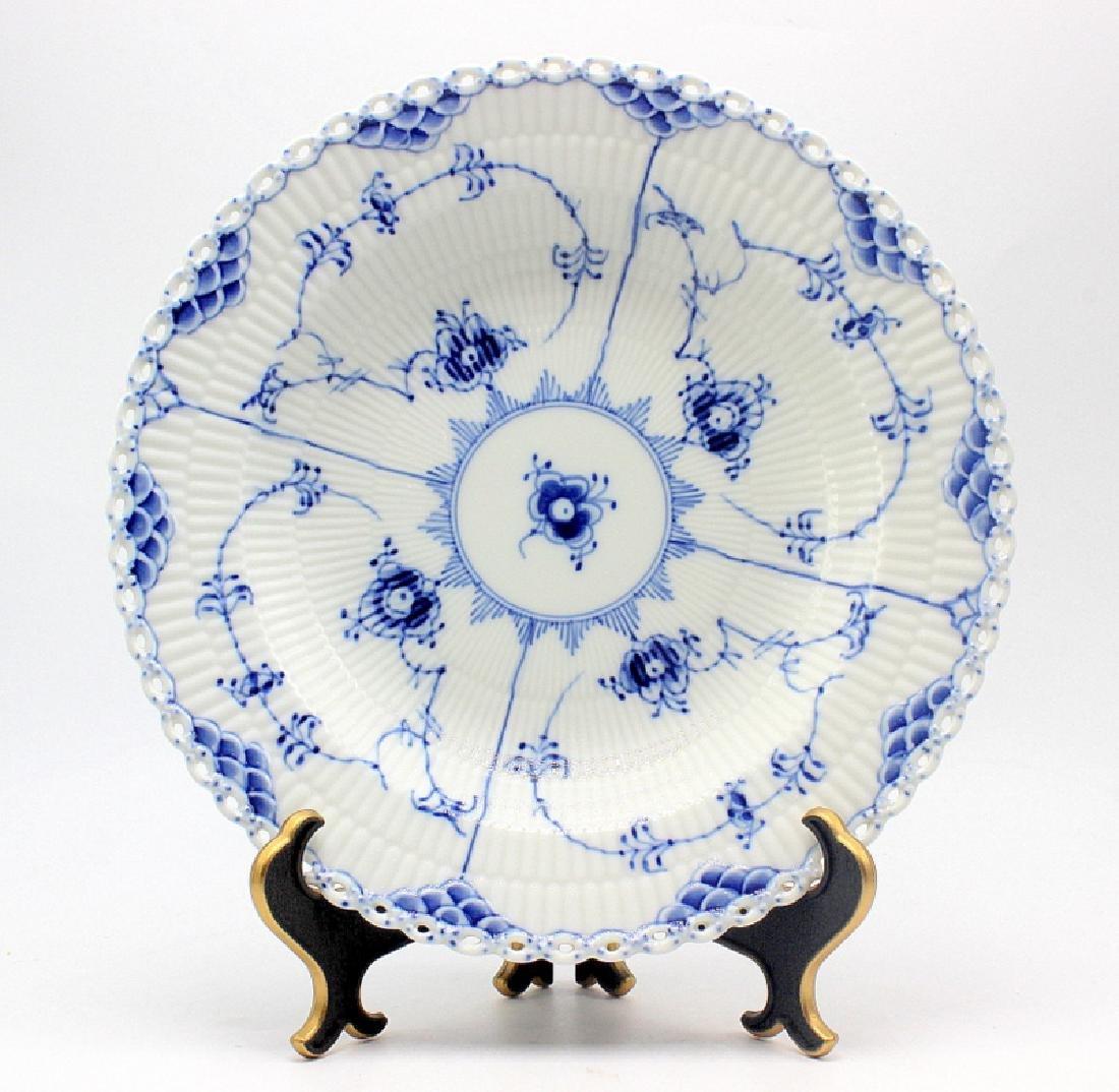 "Royal Copenhagen ""Blue Fluted Full Lace"" (14) Large Rim"