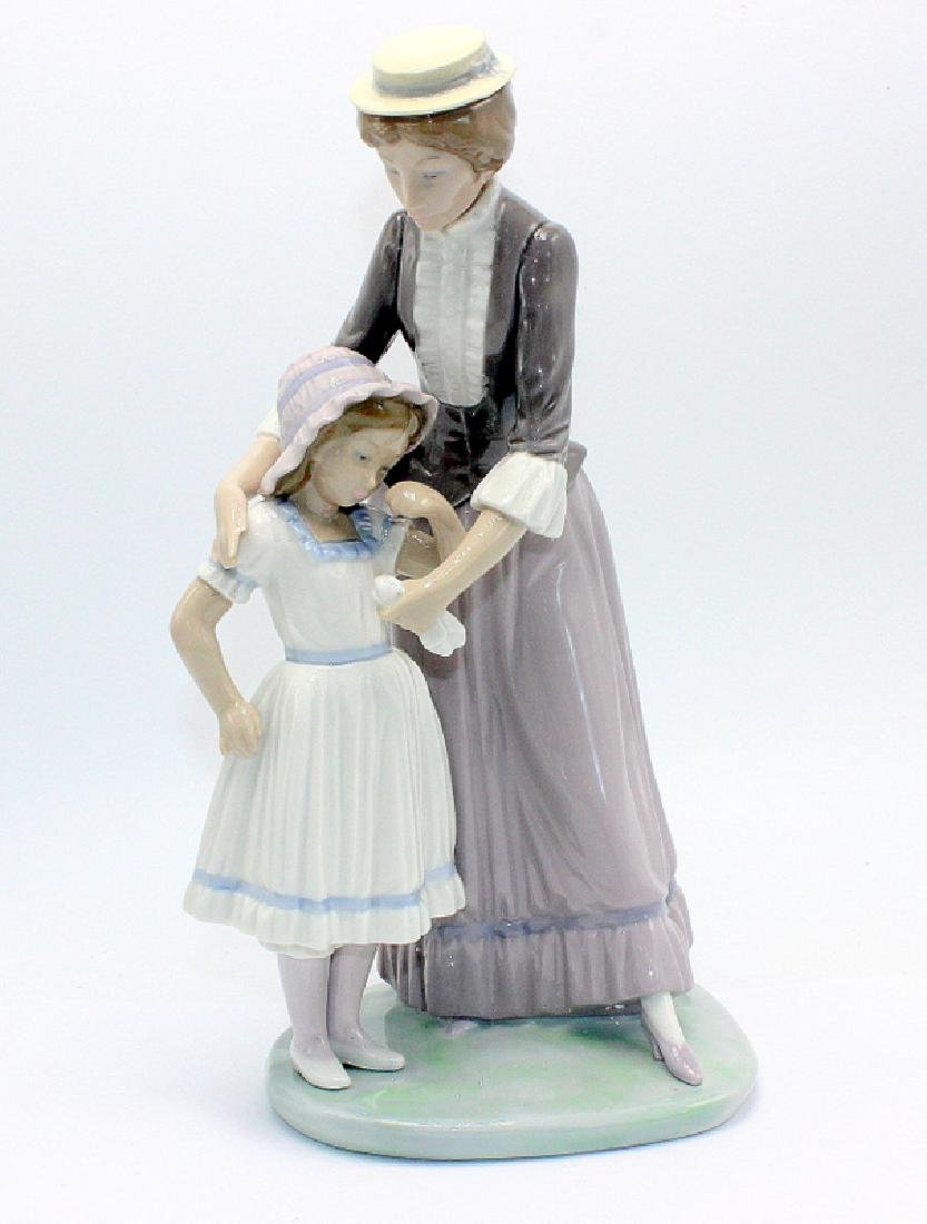 "Lladro #5142 ""Solace"""