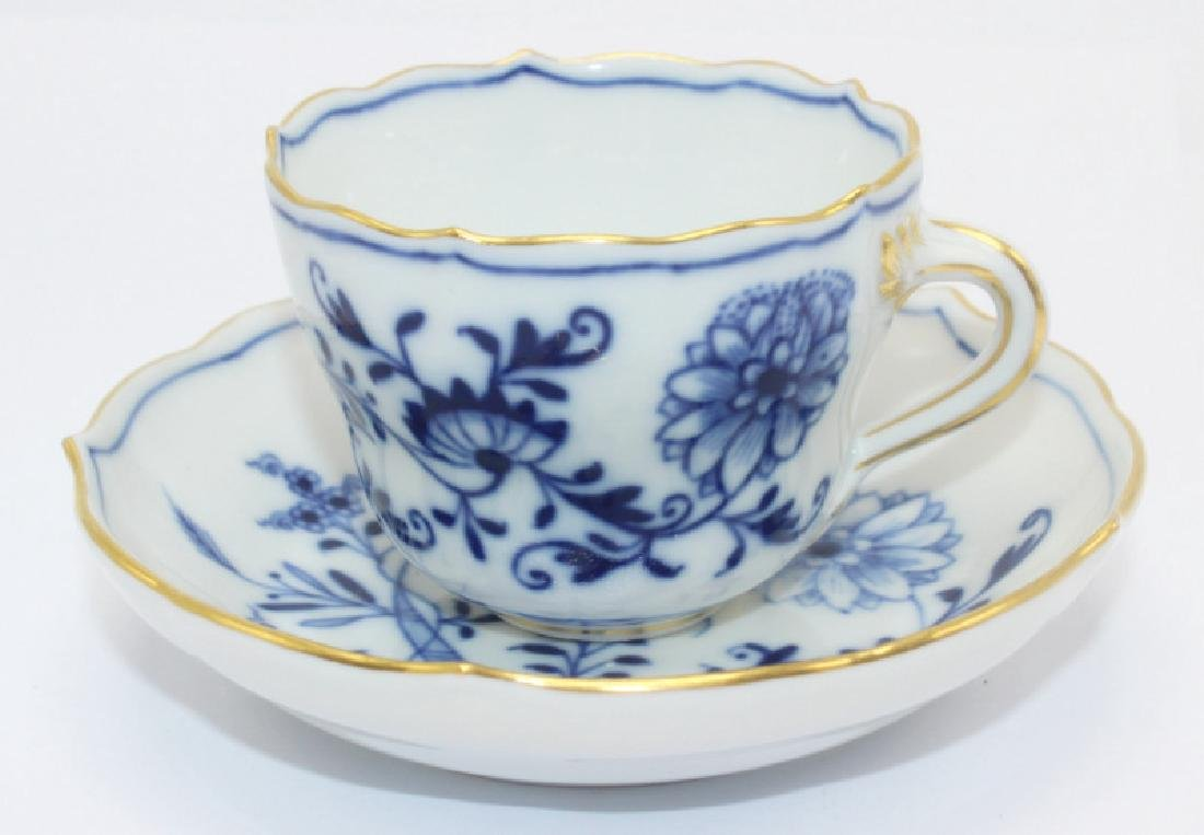 Meissen Blue Onion (6) Demitasse Cups & Saucers