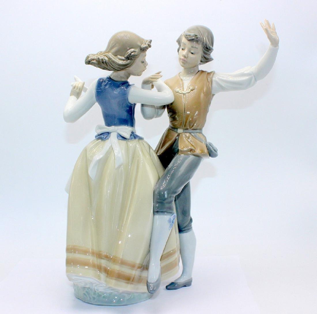 """Lladro #5252 """"Dancing the Polka"""""""