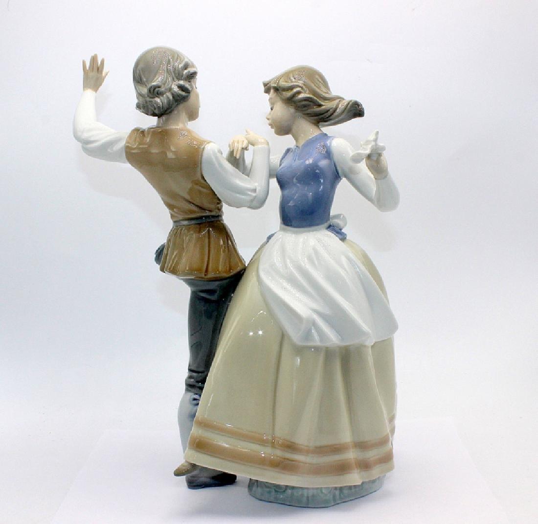 """Lladro #5252 """"Dancing the Polka"""" - 2"""